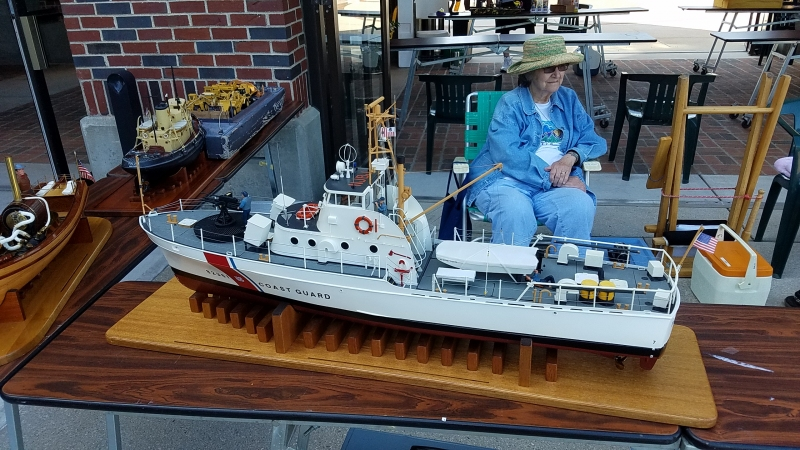 Dynamic hull USCG 82' point class - POINT CHARLES - 1/24 scale